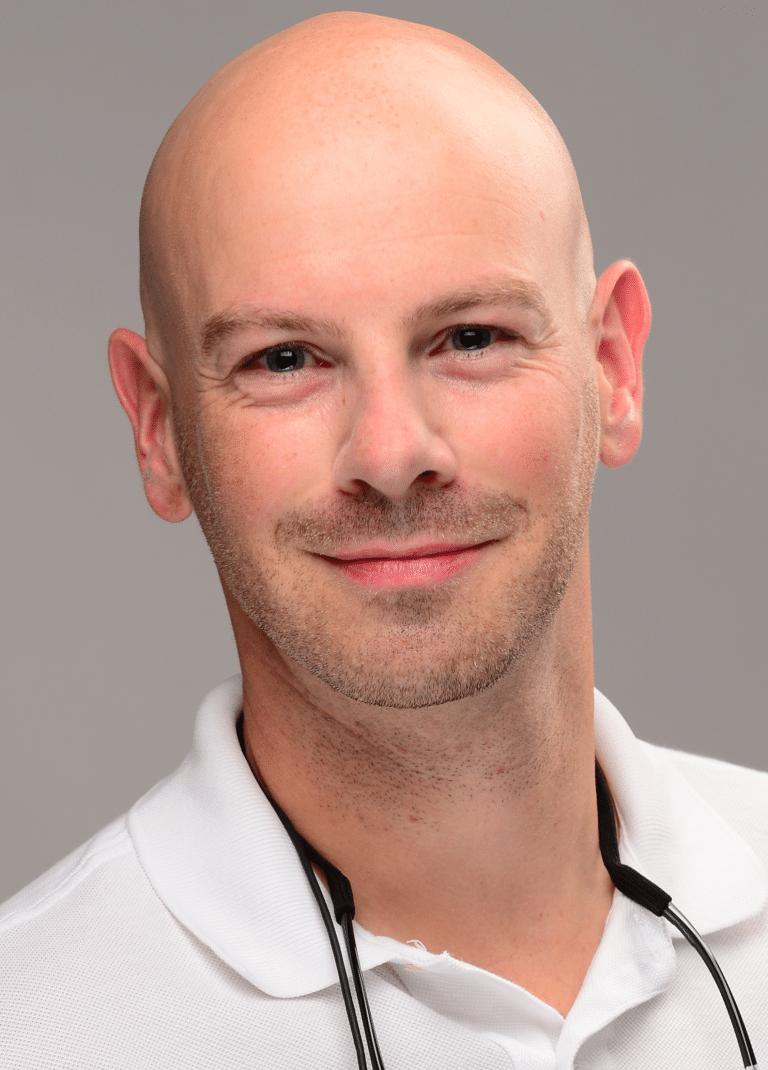 Zahnarzt Julian Bierbaum
